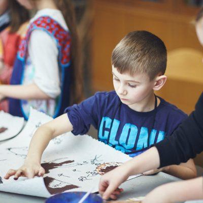 Urtiere und Meereswesen I – Malen mit Naturfarben