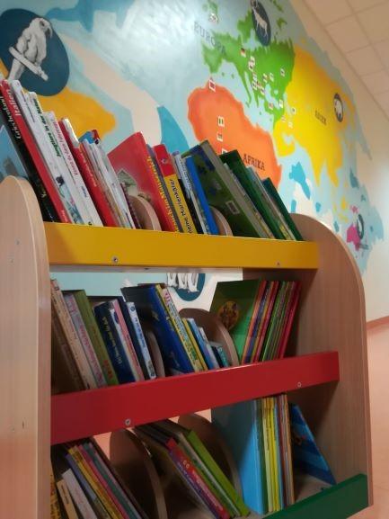 """Zum Welttag des Buches am 23. April eröffnet unsere Kita """"Weltenbummler"""" ihre eigene Kinderbibliothek"""